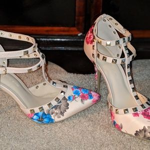 Pointed Studded heels